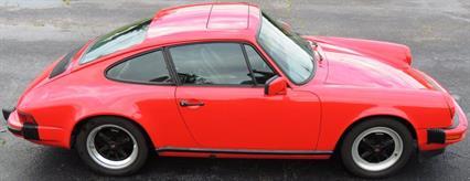 tn_Porsche 911 1985 Guards Red 05