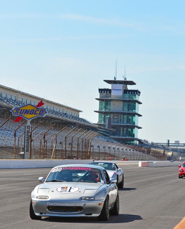 Stock Car Racing Dad USA Speedway Garage Round Cufflink Set Gold Color