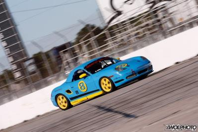 SwamiMike makes is debut at PCA Club Racing in 2016, after a 30 year hiatus in racing.